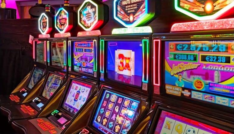 an Online bit coin casino